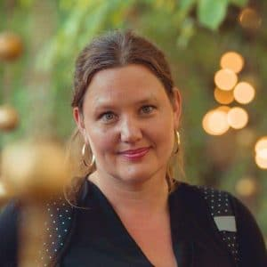 Anna Rosling Rönnlund, föreläsare, utvecklare, dataexpert, datavisualisera
