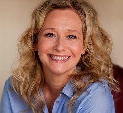 Catarina Breitfeld -Journalist, coach och utbildare