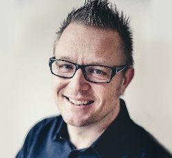 Dennis Westerberg - Föreläsare, coach, författare och artist