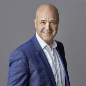 Boka Fredrik Reinfeldt hos Athenas