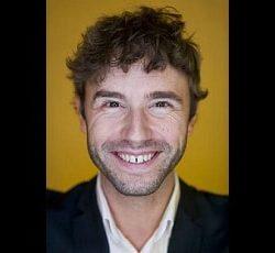 Julien S. Bourrelle - Raketforskare och expert på kulturella koder