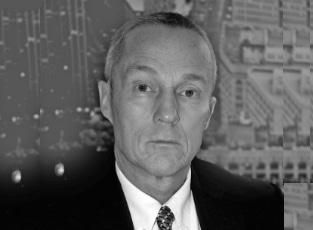 Lars Einar Engström - Chef, karriärist, författare och krönikör