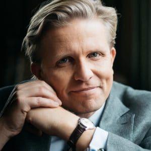 David Stiernholm, Sveriges ende struktör, föreläsare