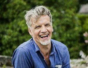 Pelle Sandstrak - Föreläsare, författare och tidigare ofrivillig ståuppare