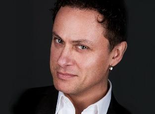 Peter Gröning - Tankeläsare, skådespelare och sångare