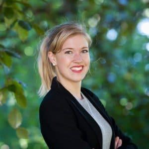 Victoria Voss-Schrader Bignet, Victoria Voss Bignet, forskare, miljövetare, biolog, doktorand, författare, föreläsare, låtskrivare, matexpert