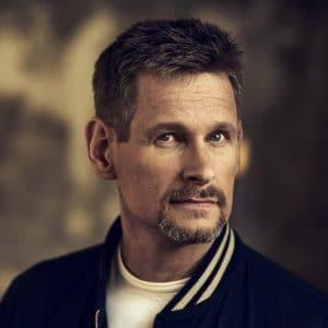 Robert Karjel, föreläsare, stridspilot, överstelöjtnant, författare, civilingenjör