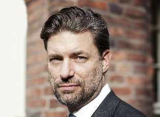 Simon Elvnäs - Arbetsterapeut, ergonom och doktorand