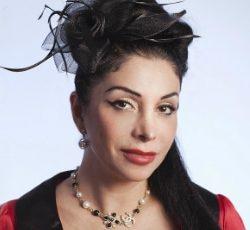 Zinat Pirzadeh föreläsning - Ståuppkomiker, författare och skådespelare