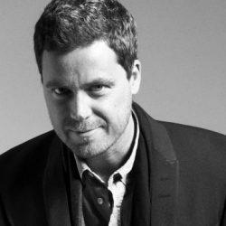 Greg Poehler - Skådespelare, komiker, manusförfattare och regissör