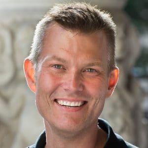 Jesper Ek föreläsning - Skapa engagemang för resultat!