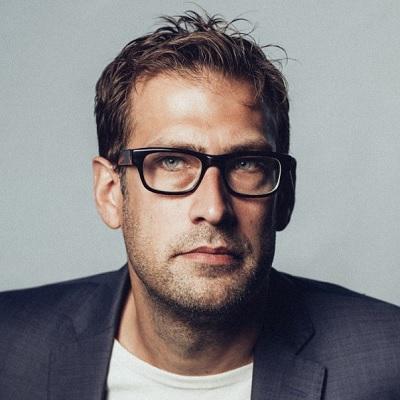 Niklas Källner föreläsning - Kallprat som leder in i värmen - Journalist