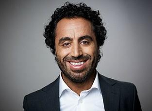 Özz Nûjen (foto Robert Eldrim) - Komiker, skådespelare, programledare och manusförfattare